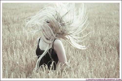 Cute-girl-beauty-hairstyle-blonde-fashion-1138_lovepicturex.blogspot.com_large