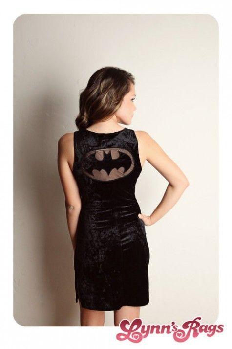 Fashiontipsfromcomicstrips-veludo-batman-vestido-por-tudo-que-321740-475-713_large