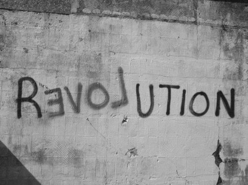 Black-and-white-revolution-wall-favim.com-410344_large
