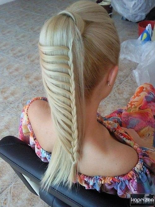 My Favorite styles / Different take on the Lace Braid!