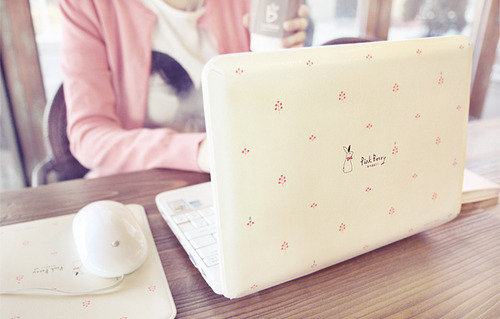 Laptop girl_large_large-