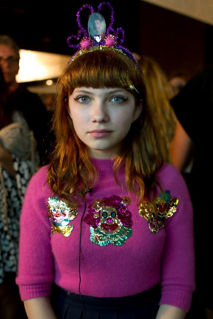 091411-fashion-feature-tavigevinson-662w_large