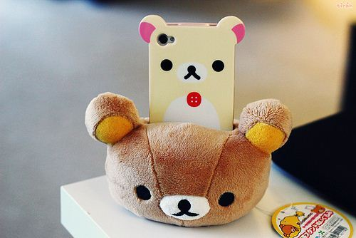 Rilakkuma-plush-mobile-phone-holder-4_large