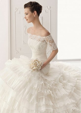 Buy Glamorous Satin & Organza A-Line Strapless Neckline Wedding Dress With Buckle & Lace Appliques