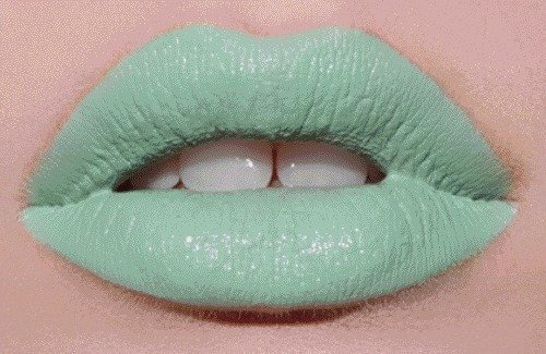 Colors-fashion-green-lips-make-up-favim.com-433084_large