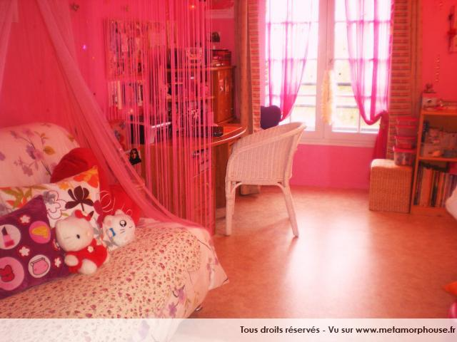 Photos de chambre d ado style princesse f e rose fuchsia for Chambre we heart it