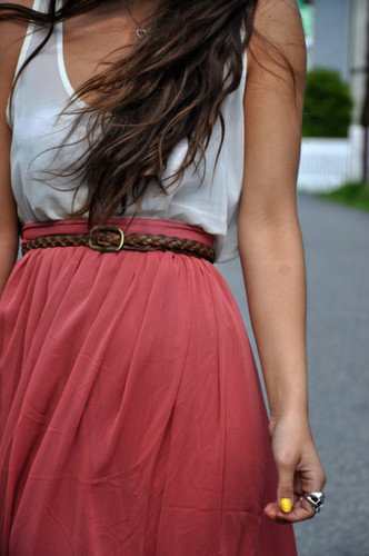 Fashion_clothes_girls_dress_clothing__-b0d33ced153bd2272d03a1a9b23f45a6_h_large
