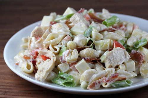Chicken_bacon_ranch_pasta_2_large