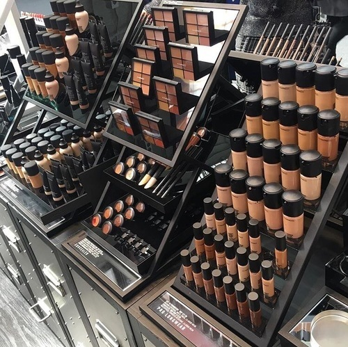 article and maquillaje image