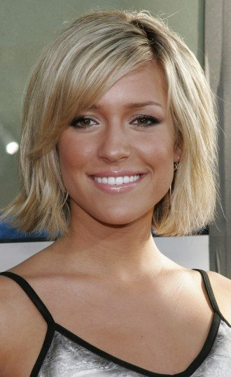 Short-hairstyles-for-blondes-24_large report this entry