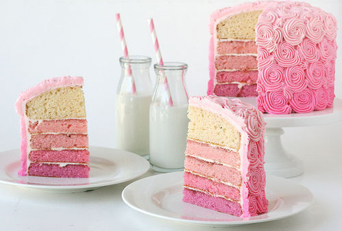 Cake-pink-sweets-favim.com-410532_large