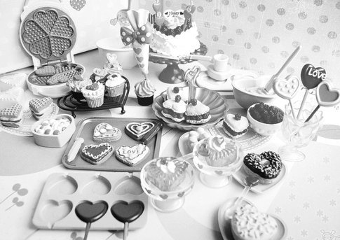 Black-and-white-candy-food-hearts-sweets-favim.com-437525_large