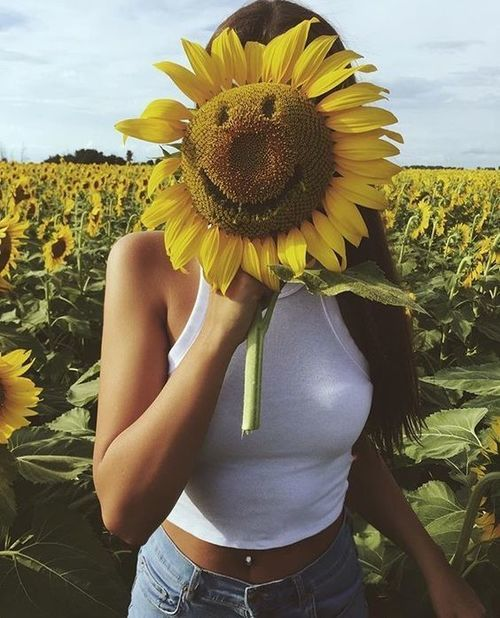 girl, sunflower, and love image