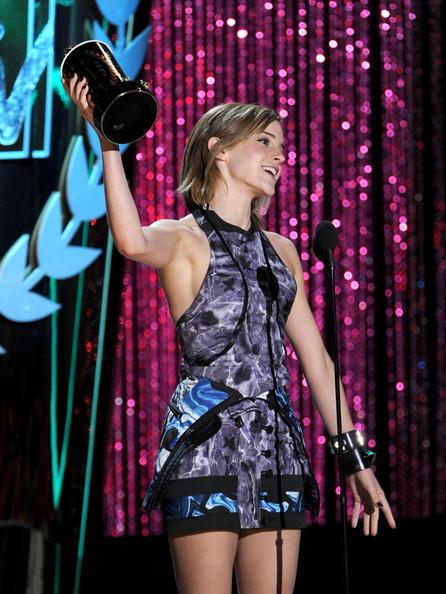 Emma_watson_2012_mtv_movie_awards_show_xgou4dhfmmzl_large