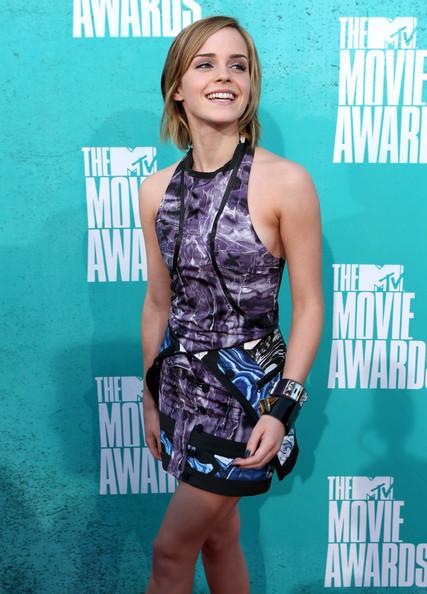 Emma_watson_2012_mtv_movie_awards_red_carpet_bz3ytae6fyll_large