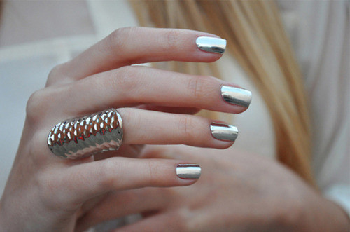 Metallic_nails_large