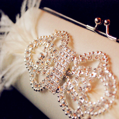 Bridal_20bouquet_20clutch_20-f68624_large