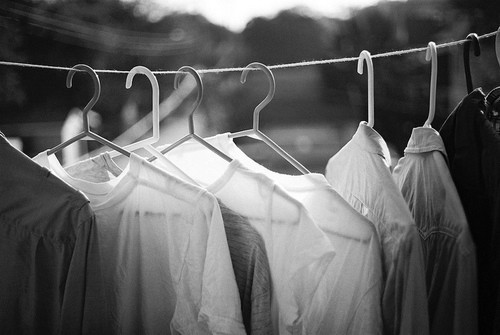 Black-and-white-clothes-laundry-favim.com-441076_large