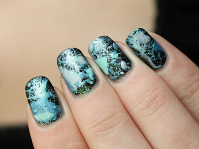 Black-blue-cute-girly-nail-favim.com-425899_large