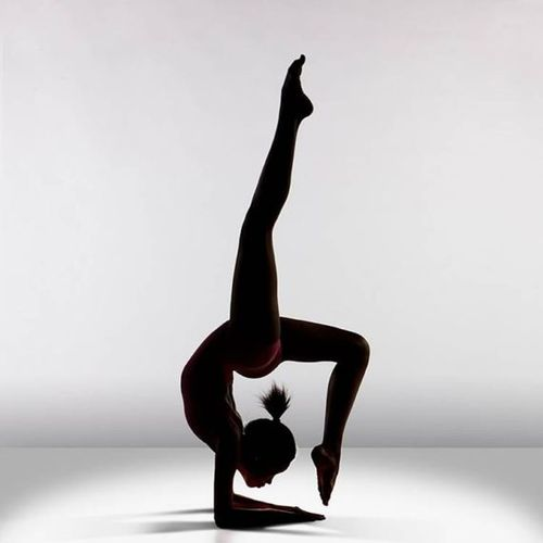 Amazing-dance-shadow-studio-6_large