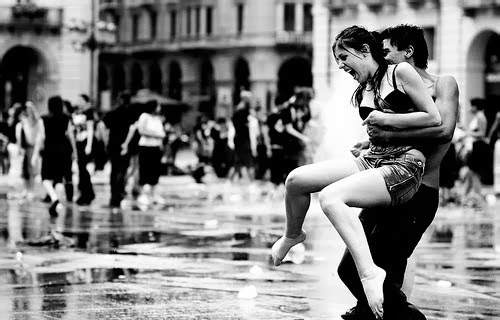 Black and white,Couple,Happy,Love,Rain,Smile - inspiring picture on PicShip.com