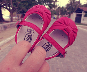 i love this baby shoe