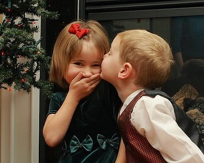 Baby Girl Kissing Baby Boy Images Baby Boy Kissing Cute Baby