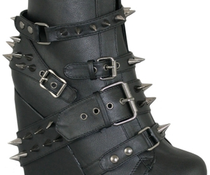 shoes gothic