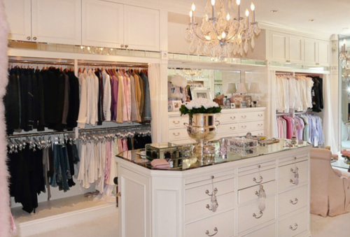 This One Is Mariah Careys Walk In Closet Seems Like A Museum Of Shoes Me Envy Girl