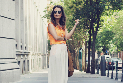 Long_skirt-falda_larga-camiseta_naranja-fluor_tendencia-blog_moda-_large