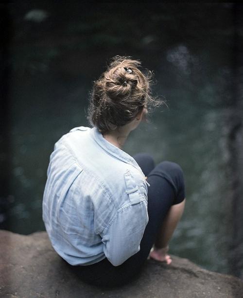 H�z�nl�-Yaln�z Bayan Avatar Resimler Yaln�z-�zg�n Bayan Resimleri