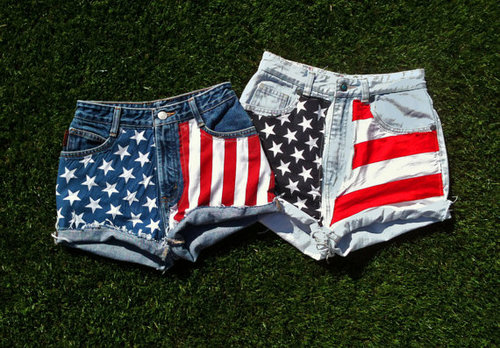 Vintage American Flag Jean Shorts frayed High by MissDomineek