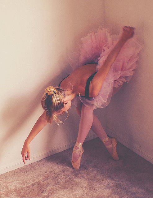Blonde-cute-fashion-girl-lizzie-favim.com-447165_large