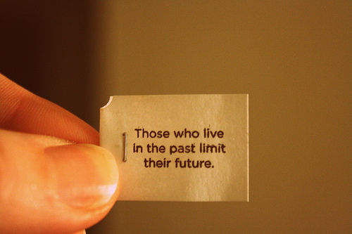 Those-who-live-in-the-past-limit-their-future_large