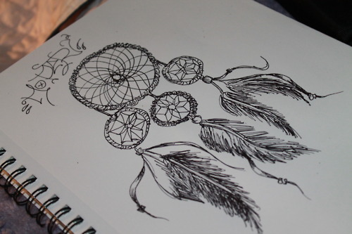 how to draw a realistic dream catcher