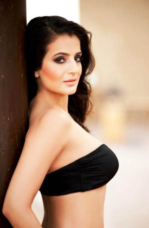 Congratulate, Sexynude and fukking images of amisha patel