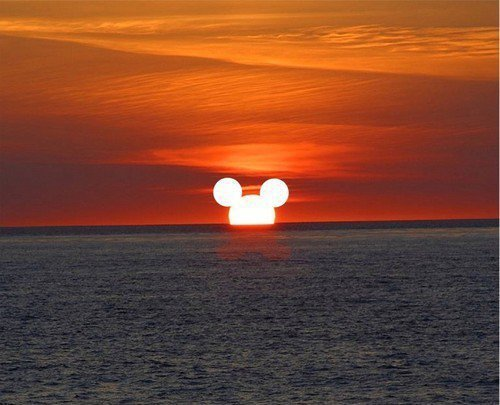 Awesome-beach-beautiful-cool-disney-favim.com-448236_large