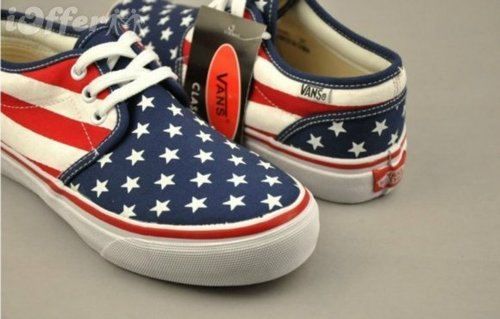 Google Afbeeldingen resultaat voor http://cdn100.iofferphoto.com/img3/item/485/388/707/vans-american-flag-style-men-women-canvas-shoes-94af.jpg