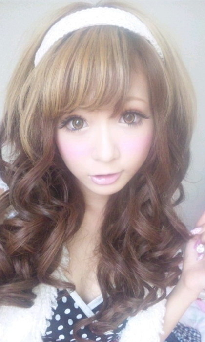 Asian,Cute,Girl,Gyaru,Japanese,Kawaii - inspiring picture on PicShip.com