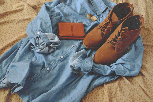 bed, fashion, shoes, t-shirt, vintage - inspiring picture on Favim.com