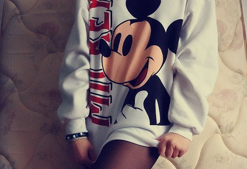 Fashion-fashionable-girl-girly-mickey-mouse-favim.com-449944_large