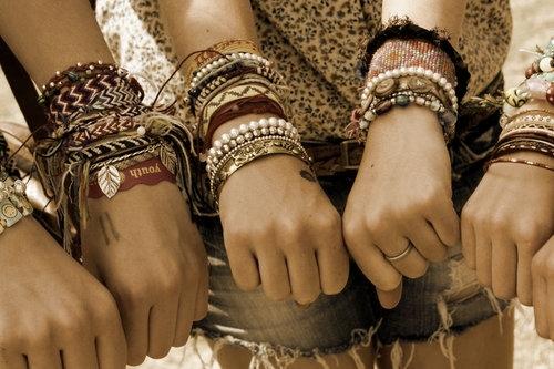 Leuk samen ongeveer de zelfde armbandjes te hebben