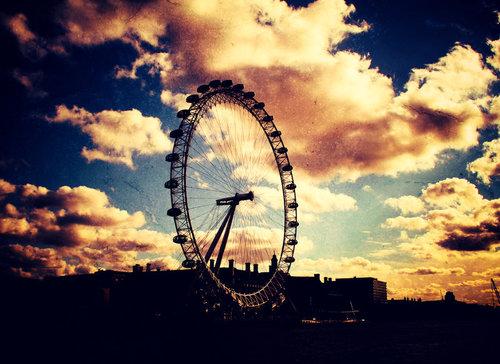 London_eye__again_by_areaperlook_large