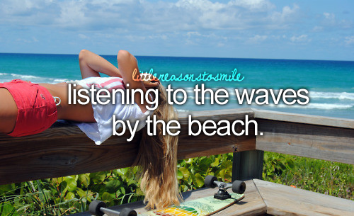 .Live.Laugh.Love. – I love listening to Waves <3