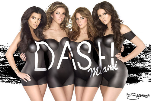 Dash-khloe-kardashian-kourtney-nick-saglimbeni-miami-body-paint_large