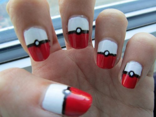 Cool-nail-art-nails-pokeball-pokemon-favim.com-301567_large