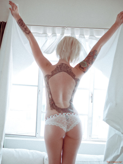 alysha: alysha nett / the creepster - I feel the malice in my veins