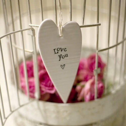 Porcelain_hanging_heart_-_love_you_large