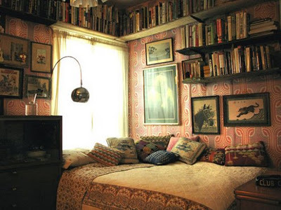Old-fashioned-bedroom_large