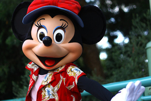 Cute-disney-disney-world-disneyland-mickey-mouse-favim.com-330385_large